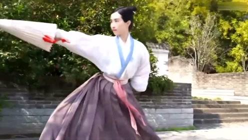 《刀剑如梦》古风版,小姐姐英气十足,仗剑江湖!