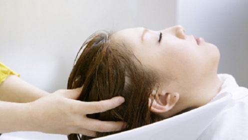 头发多久洗一次才最好?很多人都没有洗对,怪不得发际线往上长