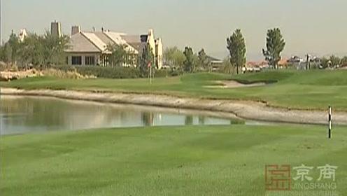 有一处比迪斯尼更受欢迎的地方,名叫荒芜之地高尔夫俱乐部。