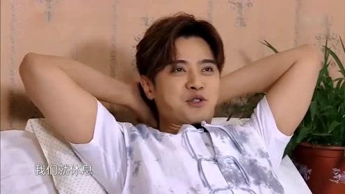 """罗志祥当着贾乃亮的面说""""做头发""""谁注意到他的反应?"""