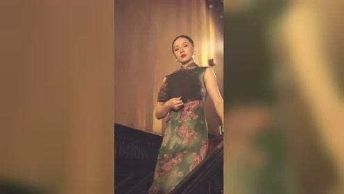 流行舞《夜来香》旗袍配上流行舞?两个字惊艳!
