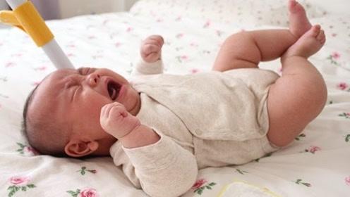 婴儿总喜欢蹬腿是为什么呢?难道真是因为缺钙造成的