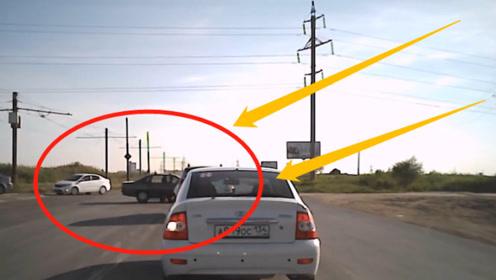 开豪车的司机都不长脑子吗?十字路口这种情况,还一脚油门踩到底