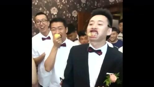 最近这个婚礼火了,伴娘竟这样整新郎,我都了!