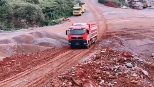 货车司机:这次再上不去这个坡,我就退出货车司机圈子!