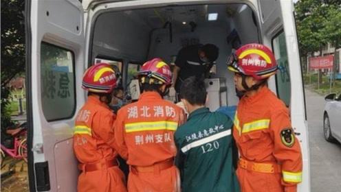 男子睡醒后下肢失去知觉,邻居打119破门救人,医生:差点没命