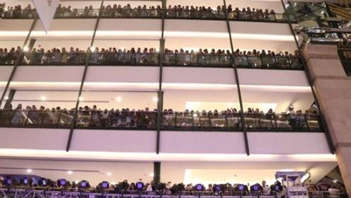 王一博上海活动因人数爆棚临时取消 粉丝不满怒吼