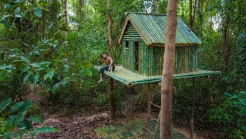 小伙在隐居山中,使用简易工具建造高层别墅,空气新鲜水电全免!