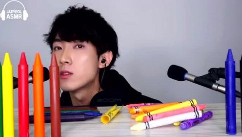 小伙直播吃蜡笔,回看视频后,才知他有多作死