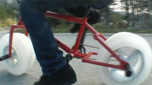 外国小伙奇葩改装,拿冰块做自行车轮胎,猜猜他能骑多远?
