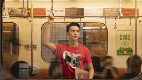 吴磊登本周《红秀Grazia》封面,诠释不同着装风的独特型格