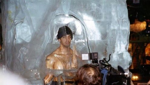 50年过去了,科学家为第一个冷冻人解冻,他复活了吗?