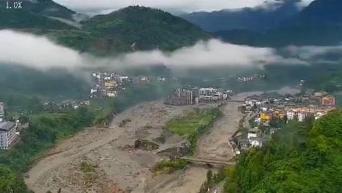 汶川暴雨已致8死26失联 航拍直击汶川三江镇灾后现场