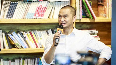 冯唐谈机场成功学:成功无法复制,努力不是第一要素