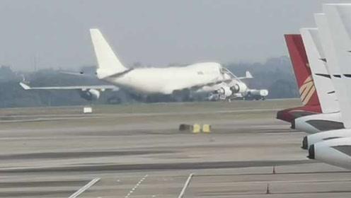 飞机故障占用跑道,南昌机场跑道关闭至下午2点,多航班延误