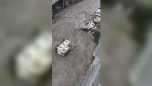 祈愿平安!速览汶川暴雨泥石流 洪灾已致11人遇难26人失联