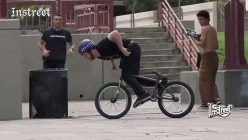 原来BMX车手还有这个受伤的方式,看着就疼啊