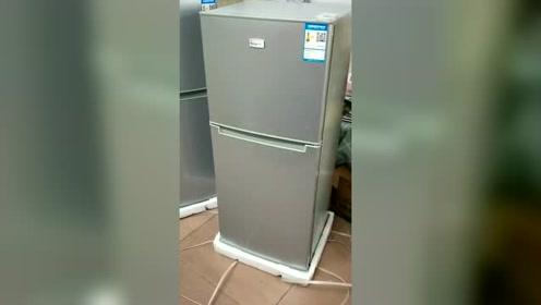 在网上买了一个冰箱,结果发过来两个,这是买一送一?