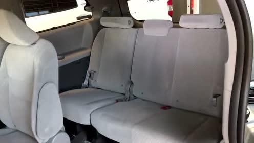 2020款丰田塞纳LE八座版实车展示,拿到钥匙车门开启,心动了