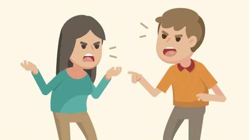 分手应该体面!女子与前男友争执揪衣,被打得头破血流