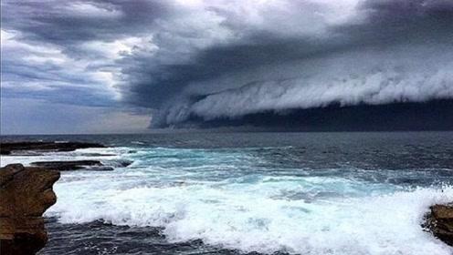 """现代最强""""魔鬼海啸"""",海浪高达524米,幸存者回忆都感到恐惧"""