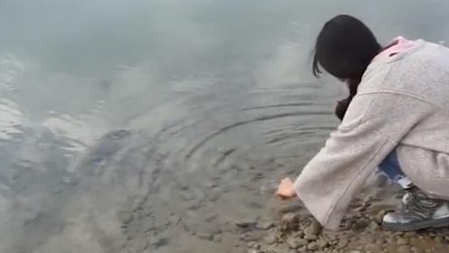 """中国最""""大方""""的河,它源自昆仑山脉,让许多人在此暴富"""