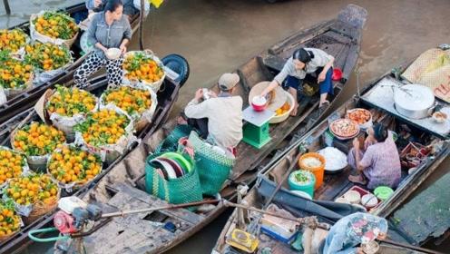 """泰国最""""个性""""的风景线,一边坐船一边购物,你想来体验吗?"""