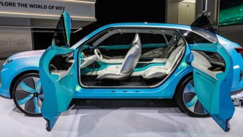 长城全新SUV亮相!竖向LED日行灯,双液晶大屏幕,运动座椅