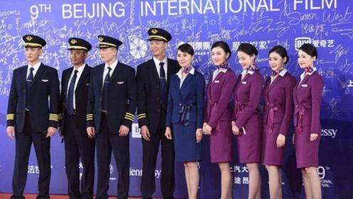 中国机长票房夺冠,袁泉人气最高,她是怎么做到拍一部剧火一部的