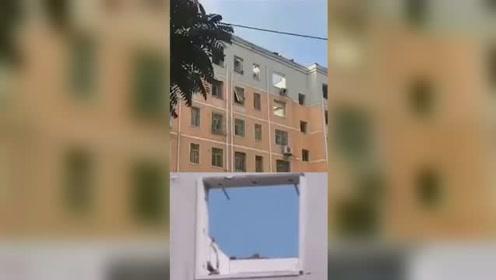 安阳市一居民家中发生爆炸 房顶都被炸没了