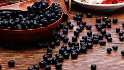 黑豆这样吃,效果太好了,很多人都不知道,早知早受益