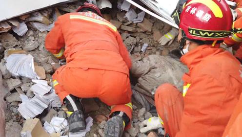 白城市银行办公楼坍塌被困人员全部救出 5死4伤现场搜救已结束