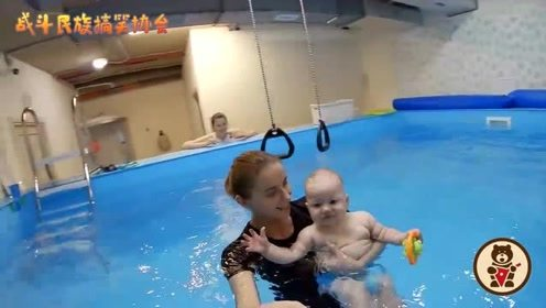 游泳成萌娃最爱运动!俄罗斯各年龄的宝宝都愿意来学