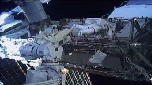 女性的一大步!NASA执行人类首次全女性太空行走