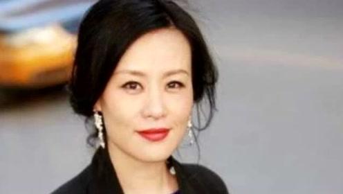 她是奥斯卡终身评委!嫁大自己11岁的外籍导演,如今53岁仍无儿无女