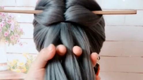 原来用筷子扎的头发更好看,拔掉筷子才是亮点!