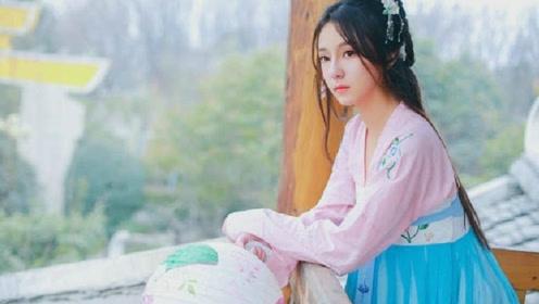 中国必须穿汉服才能进的景区,游客也只说古语,网友:感觉穿越了