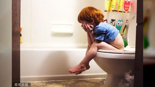 教会孩子上厕所,家长轻松