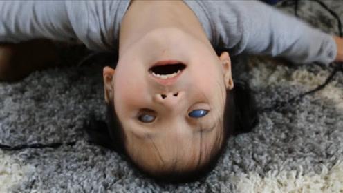"""中国女孩天生""""蓝眼睛"""",遭父母遗弃后,美国夫妇跨洋收养"""