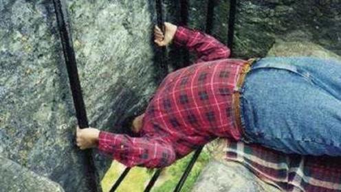 世界上最脏的石头,超过40万人亲吻它,它究竟有什么神奇之处?