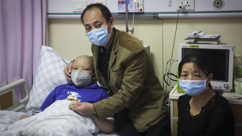 12岁男孩患重症称自己不想死 不忍爸妈跟着受罪愿意接受弃疗