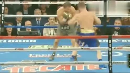 回顾拳击比赛,阿瓦雷兹顶不住戈洛夫金强势攻击,拳拳退败!