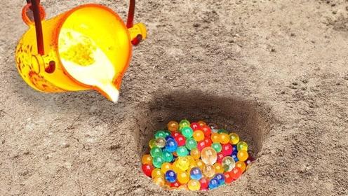 小伙将1000度铝液,倒进水宝宝洞口中,结果出来的东西让人眼红!