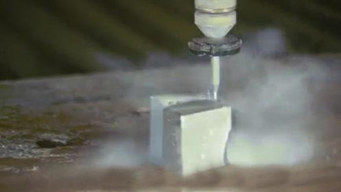 钕磁铁被切开瞬间威力有多大?牛人亲自实验,场面失控