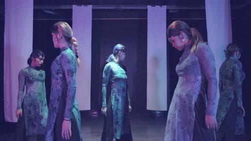 太到位了!国外流行的中国风爵士来袭,欧美少女穿上旗袍舞出动感