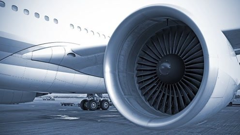 飞机发动机那么重,装在薄薄的机翼下面,起飞时就不怕被折断吗