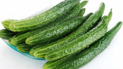 黄瓜虽好吃营养也高,但若吃错反伤身,这几个禁忌希望你都知道!