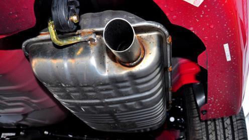 发动机轻微抖动 排气管发出呼呼声是什么原因?
