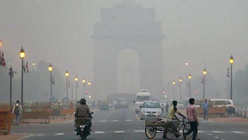 印度雾霾爆表至999 两高官建议:吃胡萝卜、听音乐