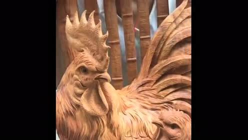 好精致的一件木雕!细节处理到位!雕刻者真是让人佩服
